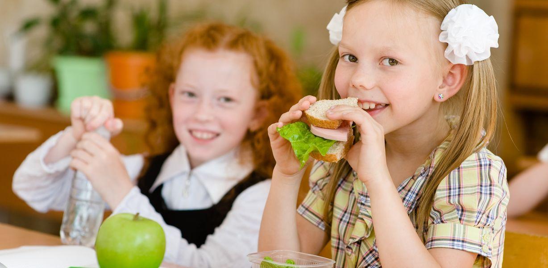 Роспотребнадзор обновил требования к питанию школьников
