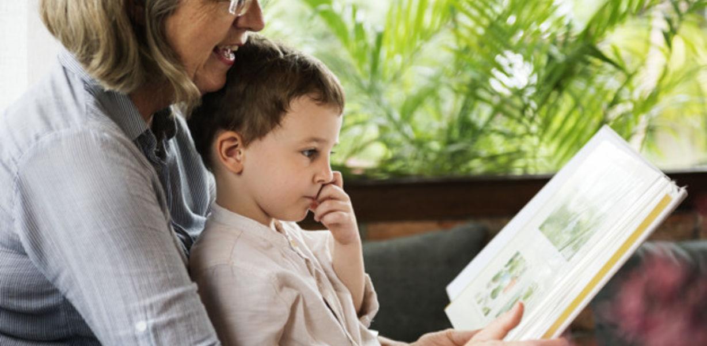 Ученые вновь подтвердили полезность бабушек для выживания внуков