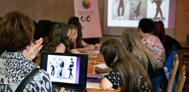 В Челябинске девочек из детдомов обучат дизайну