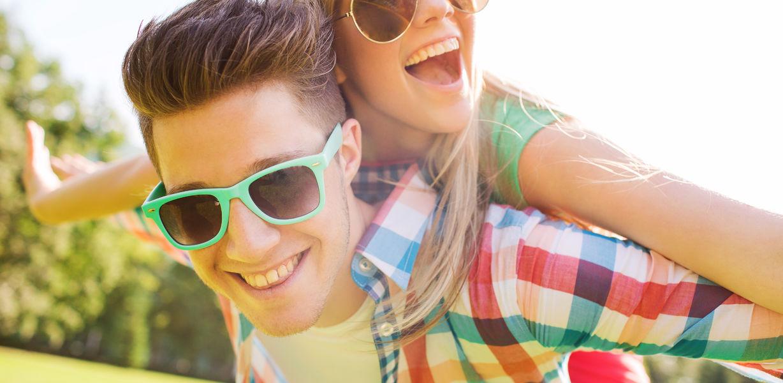 Первая любовь против экзаменов: как себя вести с влюбленным подростком?